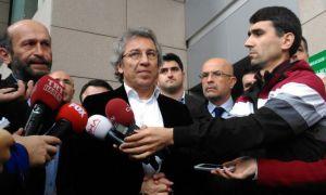Abdullah Gül'ün Başdanışmanı Ahmet Sever'den Can Dündar'a destek