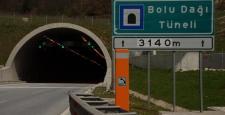 Bolu Dağı Tüneli'nin Ankara yönü ulaşıma kapatıldı