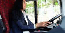 Eskişehir'de kadın şoföre kimse oğlunu vermedi