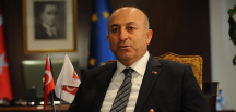 Mevlüt Çavuşoğlu: YPG, Fırat'ın doğusuna geçmezse hedef olacaktır