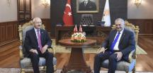 FETÖ Fırat Kalkanı ve mini anayasa değişikliğini Başbakan Yıldırım ile Kılıçdaroğlu görüştü
