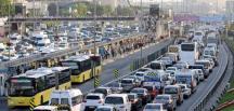 Pazartesi günü toplu taşıma araçları belirli saatlerde ücretsiz