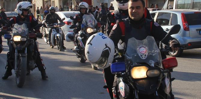 """Adana'da """"huzur ve güvenlik"""" uygulaması"""
