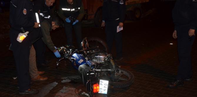 Aydın'da motosiklet kamyonete çarptı: 2 ölü