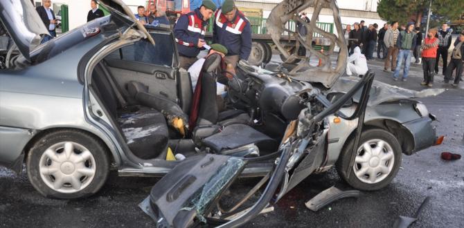 Aydın'da trafik kazası: 2 ölü 3 yaralı