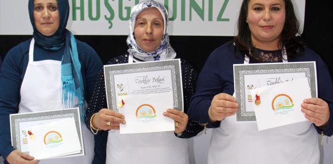 Kadın çiftçiler en iyi keşkeği yapmak için yarıştı