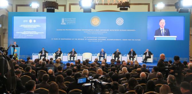 Kazakistan'da bağımsızlık konferansı