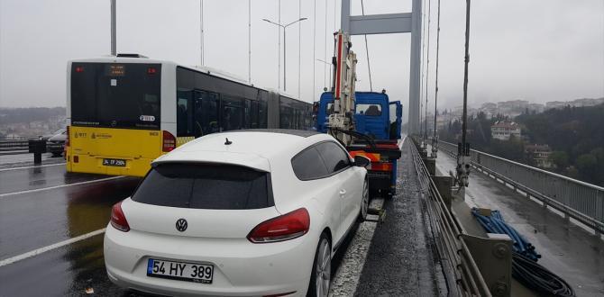 Köprüde bırakılan araç polisi harekete geçirdi