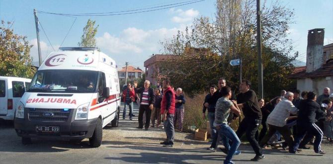 Muğla'da kamyonetin çarptığı çocuk öldü