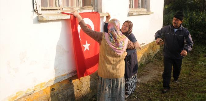 Şehit Uzman Çavuş Acar'ın Zonguldak'taki ailesine acı haber ulaştı