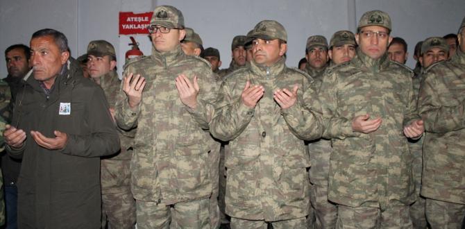 Şırnak'ta şehit asker için tören