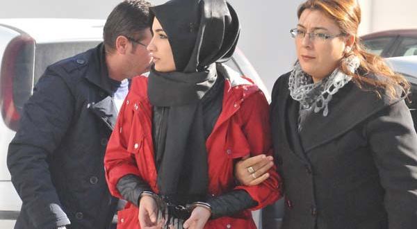 Konya'da FETÖ bahanesiyle dolandırıcılık yapan sevgililer tutuklandı