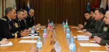 ABD'li General Garrett Özbekistan'da