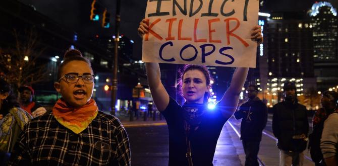 ABD'nin Charlotte kentinde bir siyahinin polis tarafından öldürülmesi