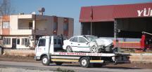 Adana'da otomobille tır çarpıştı: 3 yaralı