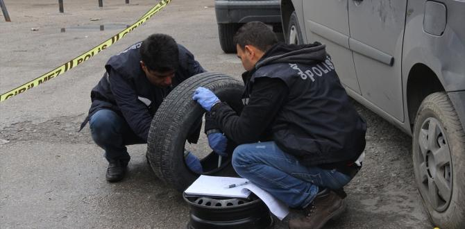 Adana'da polis ekibine ateş açıldı