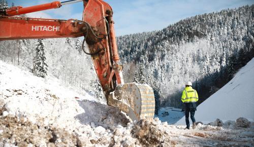 Akçay Barajı'nın yüzde 30'luk kısmı tamamlandı
