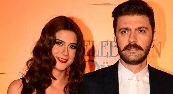 Asena Tuğal: Türkiye'de evleneceğiz