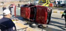 Aydın'da otomobil devrildi: 3 yaralı