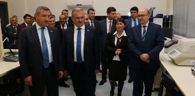 Burdur'da Hayvan Hastalıkları Tanı Teknolojileri Merkezi açıldı
