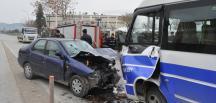 Bursa'da otomobille minibüs çarpıştı: 2 ölü