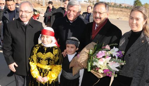 Çevre ve Şehircilik Bakanı Özhaseki, Mardin'de