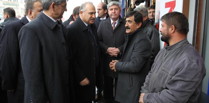 CHP heyeti Hakkari'de
