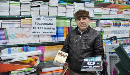 Dolar bozdurana kitap ve çiğ köfte hediye