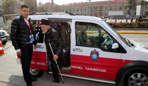 """Engelliler için """"avantaj taksi"""""""