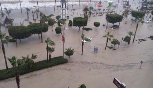 Mersin'de sel felaketi! 1 kişi sele kapılıp öldü