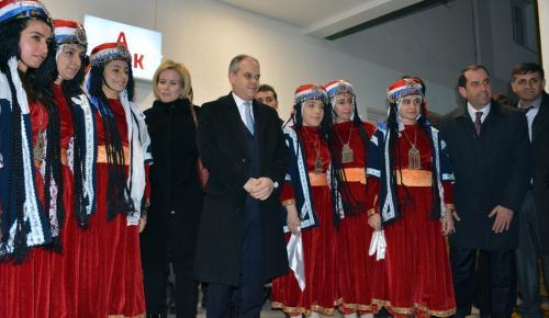 Gençlik ve Spor Bakanı Kılıç, Diyarbakır'da