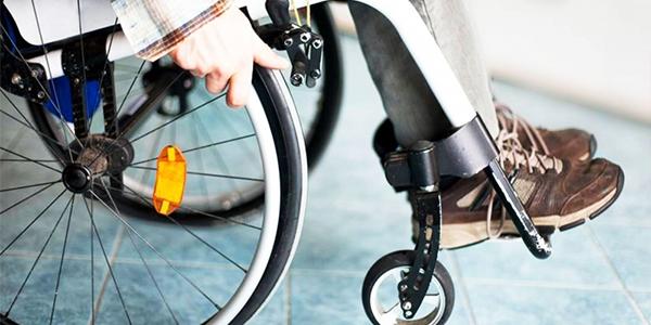 Başbakan müjdeyi verdi! Şubat ayında bin 500 engelli öğretmen atanacak