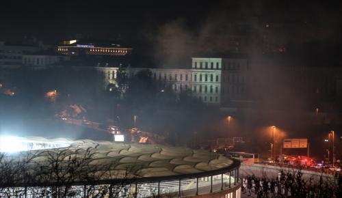 İstanbul Beşiktaş'ta Vodafone Arena yakınında bir patlama meydana geldiği bildirildi.