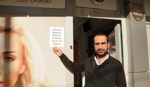 Mardin'deki berberler Türk lirasına sahip çıkıyor