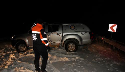 Muş'ta karda mahsur kalan 3 kişi kurtarıldı