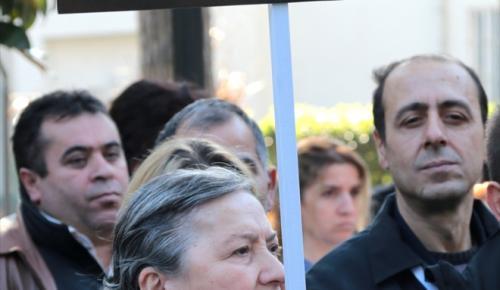 Sağlık çalışanlarına yönelik şiddet protesto edildi
