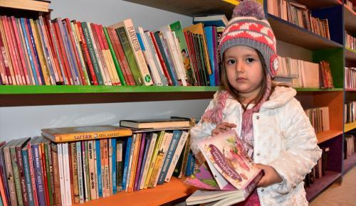 Sosyal medya sayesinde çocuk kütüphanesi oluşturdular
