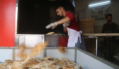 Türk Kızılayından Iraklı sığınmacılara günlük 5 bin ekmek