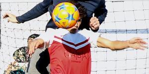 Ünlü futbolcular, çocuklar için bir araya geldi