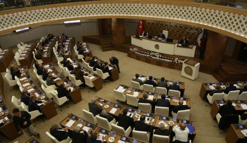 Yeni hizmet binasında ilk meclis toplantısı yapıldı
