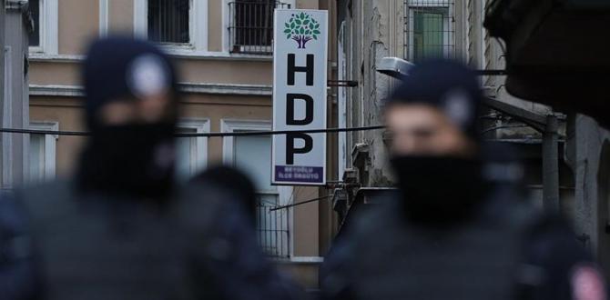 Hatay'da HDP'nin il ve ilçe yöneticilerine operasyon düzenlendi