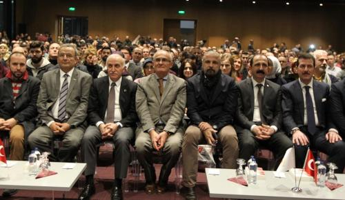 """""""15 Temmuz Süreci ve Darbenin Kayıp Saatleri"""" konferansı"""