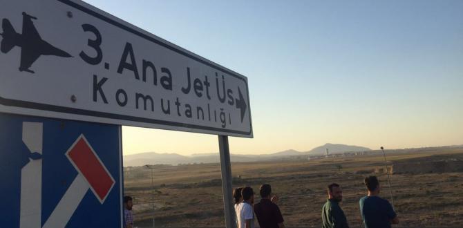 Konya'da subay ve astsubaylara FETÖ operasyonu
