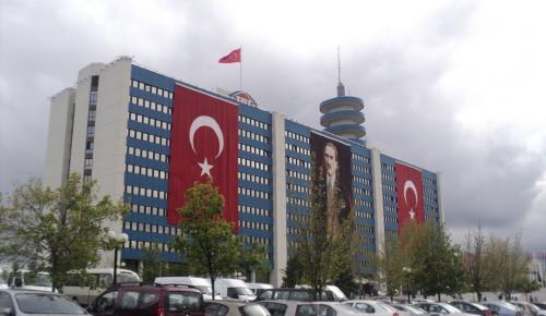 TRT Genel Müdürlüğü otoparkında bomba paniği