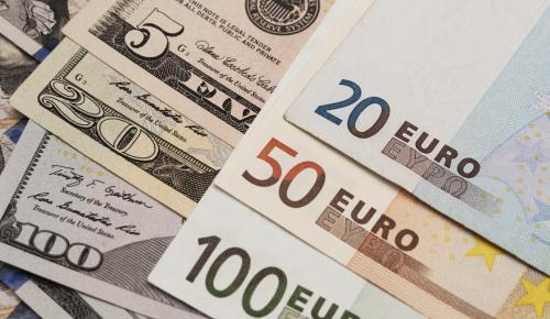 Dolar ve Euro yeni tarihi rekor kırdı