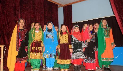 Afganistan'daki Türk okulu üçüncü mezunlarını verdi