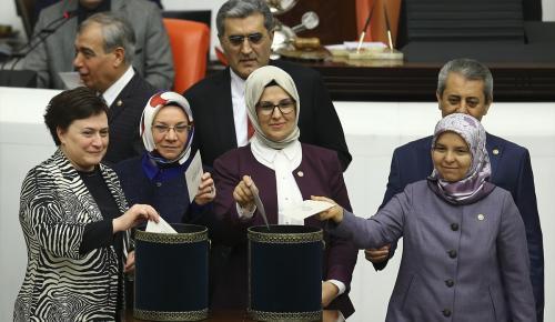 Anayasa değişiklik teklifi Genel Kurulda