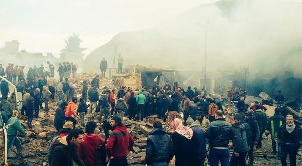 DEAŞ Azez'de bomba yüklü araçla saldırdı: 60 ölü