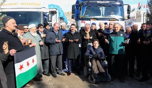 Bayburt'tan Haleplilere yardım
