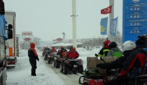 Bursa-İzmir karayolu ulaşıma kapandı